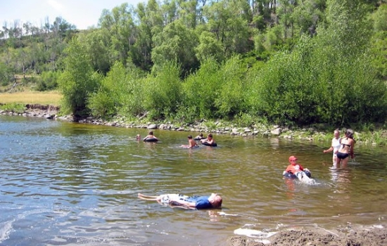 Swimming-in-the-River